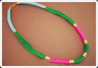 Renkli iplerden boncuk kolye modeli yapımı resimli açıklamalı  3