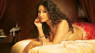 Rituparna Sengupta hot in saree