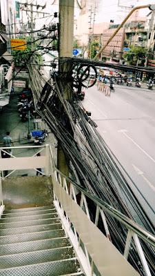 タイの電線