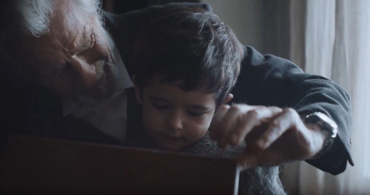 Canzone Grana Padano DOP Pubblicità con Nonno e Bambino