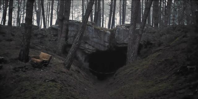 La cueva que conecta los sucesos misterios en Dark