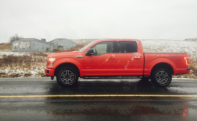 2016 Ford F-150 Supercrew XLT Sport red side view