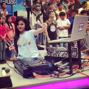 Foto DJ Una Cantik