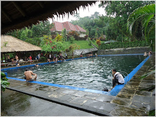 Objek Wisata Taman Suranadi Di Pulau Lombok