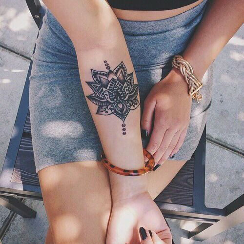 Attractive Lotus Flower Tattoo For Women
