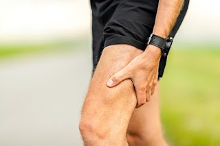 HAMSTRING INJURY : understanding, symptom, Cause, diagnosis, Treatment and complication