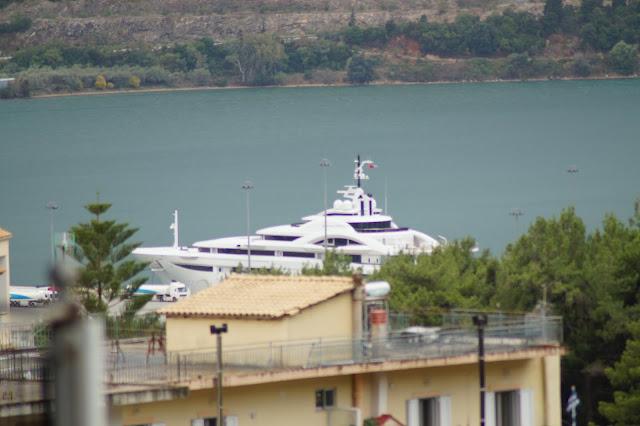 Στο λιμάνι της Ηγουμενίτσας προσέκρουσε το εντυπωσιακό σκάφος ''MAPYAH''