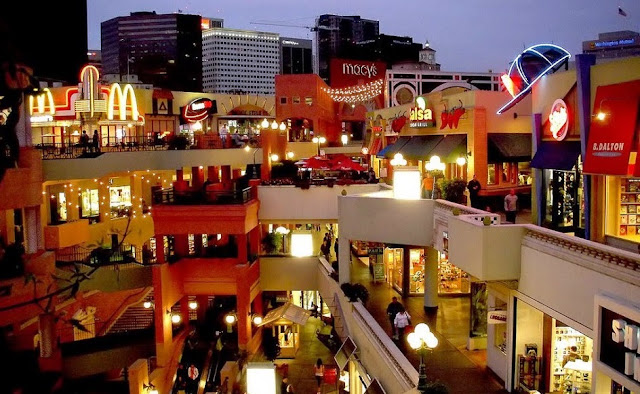 Restaurantes no Shopping Fashion Valley Mall em San Diego