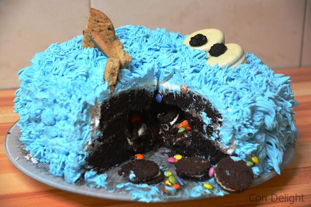עוגת פינאטה עוגיפלצת cookie monster pinata cake