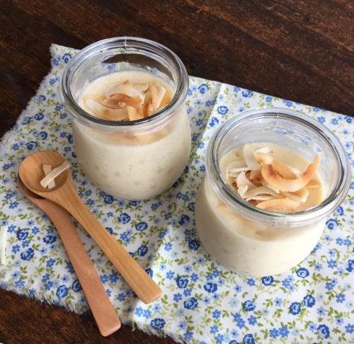 sagu de leite de coco (tapioca pudding)