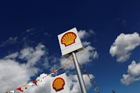 Logos of Shell are pictured at a gas station in the western Canakkale province, Turkey April 25, 2016. (Credit: Reuters/Murad Sezer) Click to Enlarge.