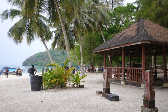 Nicole Cynnie - Beras Basah Island, Langkawi