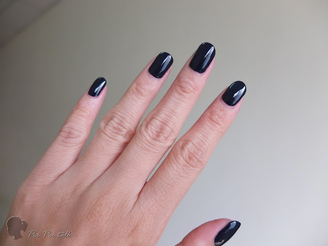 essie-gel couture-caviar bar-試色