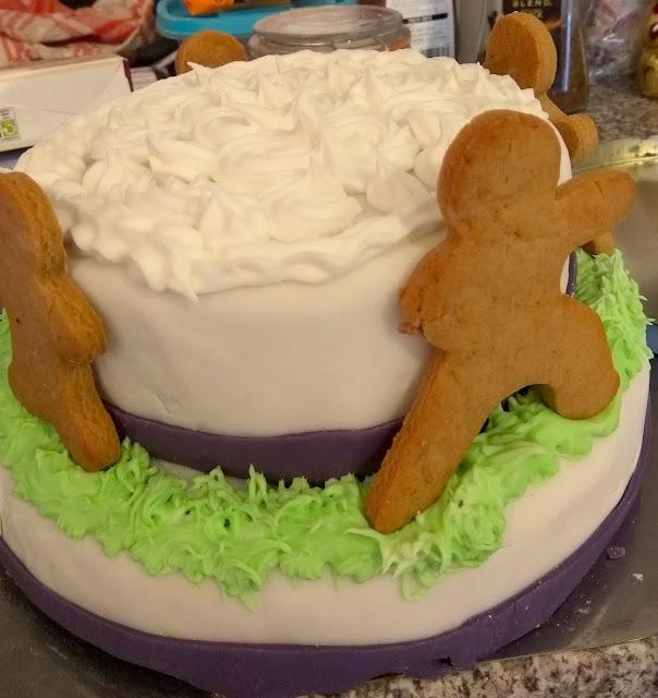 Ninjabread Christmas Cake