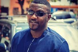 John Dumelo angry