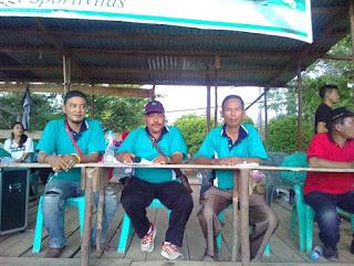Sekadau_Bergulirnya pertandingan sepak bola putri dibumi lawang kuari sekadau yang digelar dalam rangka Hari Kartini tentunya tak lepas dari nama sponsor pertandingan yaitu T Pardede