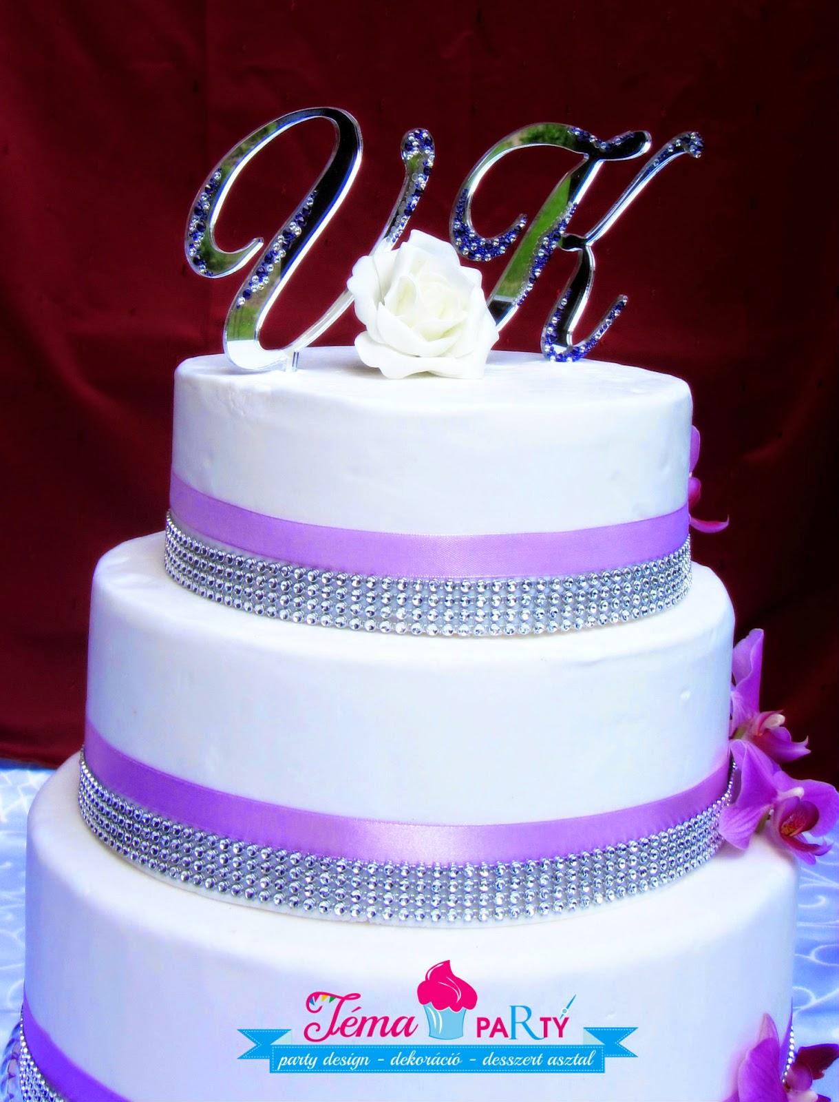 egyedi esküvői torta Strasszkirály: Különleges, egyedi esküvői tortadekoráció Swarovski  egyedi esküvői torta