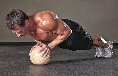 تمارين عضلات الصدر بالمنزل