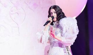 Eurovision 2019: «Μάγεψε» η Κατερίνα Ντούσκα στον πρώτο Ημιτελικό - BINTEO