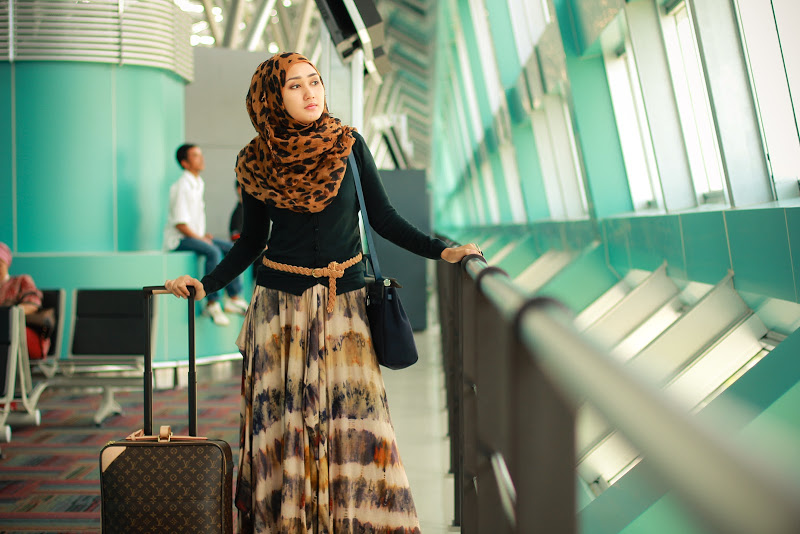 Dian Pelangi Akan ke Paris Fashion Week 2014 - Tifani Anglila
