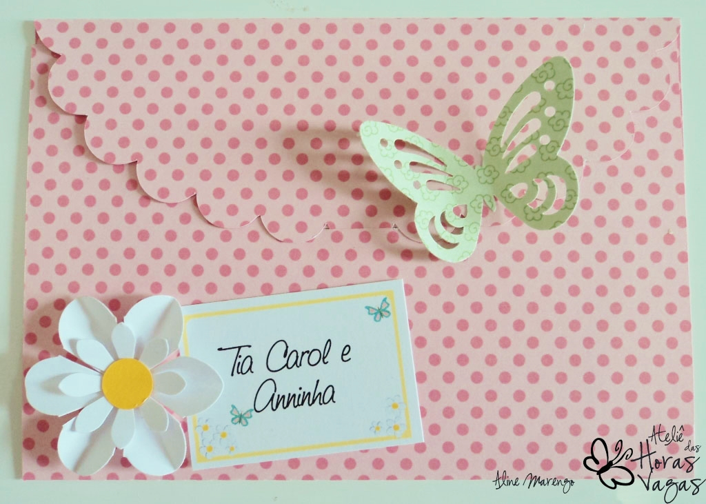 convite artesanal envelope jardim das margaridas floral borboleta aniversário 1 ano