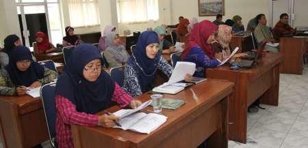 Menghayati 4 Kompetensi Guru Profesional dengan Sadar