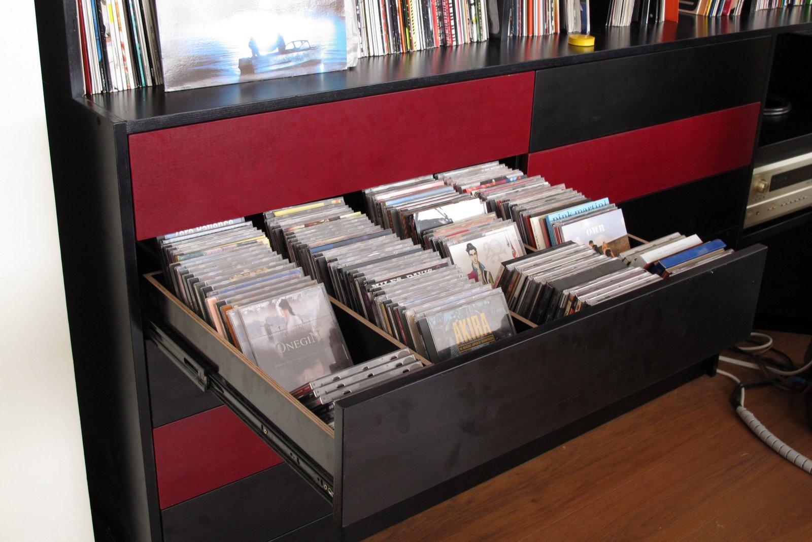 latest stuff rouge sur noir rangement vinyl et cd en cpbouleau fincof. Black Bedroom Furniture Sets. Home Design Ideas