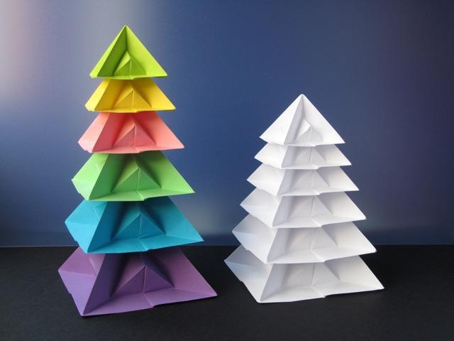 Molto Origami poesie di carta: Albero di Natale di piramidi WU03