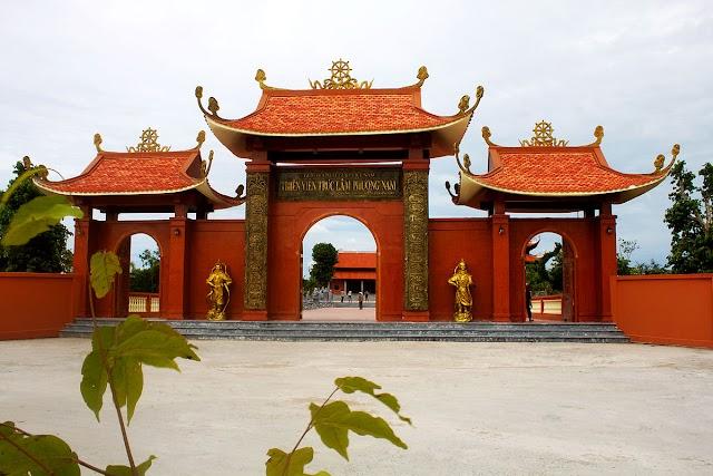 Thiền Viện Trúc Lâm Phương Nam - Điểm Du Lịch Tâm Linh của Miền Tây