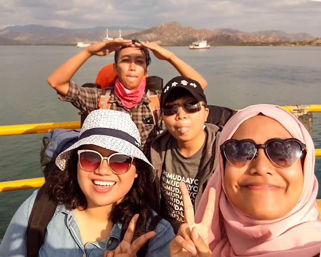 Geng traveling ke Sumbawa. Source: jurnaland.com