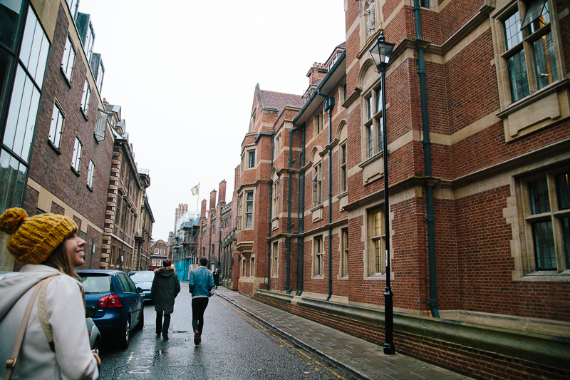 cambridge university autumn leaves