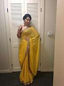 rashi khanna new glam pics-thumbnail-8