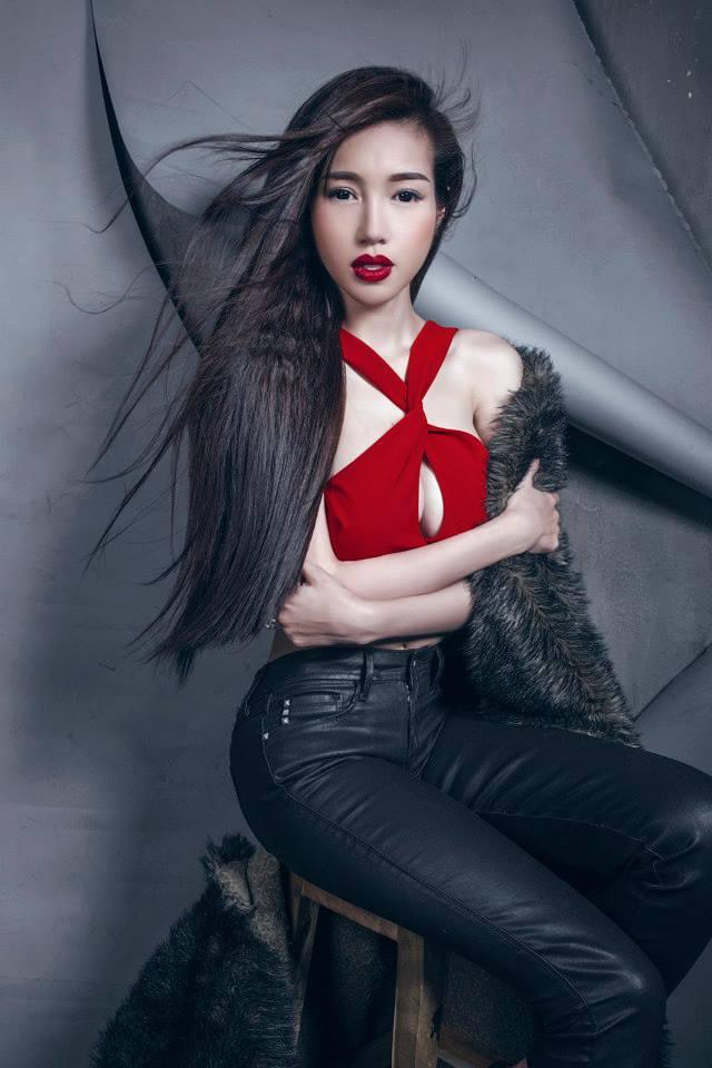 9 - Hot Model ELLY TRAN Beautiful Sexy