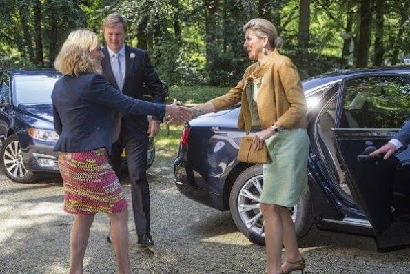 Queen Máxima participants of the Orange Fund Growth Programme in Driebergen