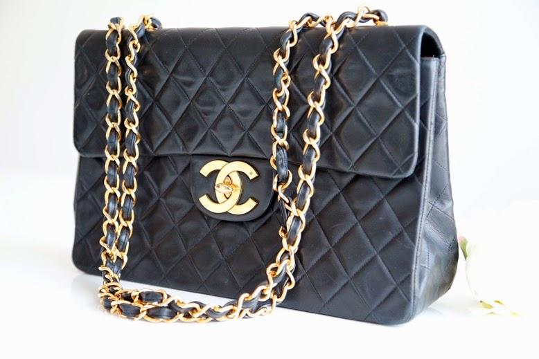 kayashionista fashion blog schweiz chanel vintage flap bag jumbo maxi. Black Bedroom Furniture Sets. Home Design Ideas
