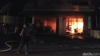 Minimarket di Magetan Terbakar, Sempat Terdengar Ledakan