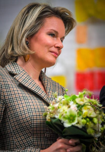 Queen Mathilde is wearing a checked coatdress from NATAN Couture Fall Winter 2017 collection. De Loods art centre in Duffel