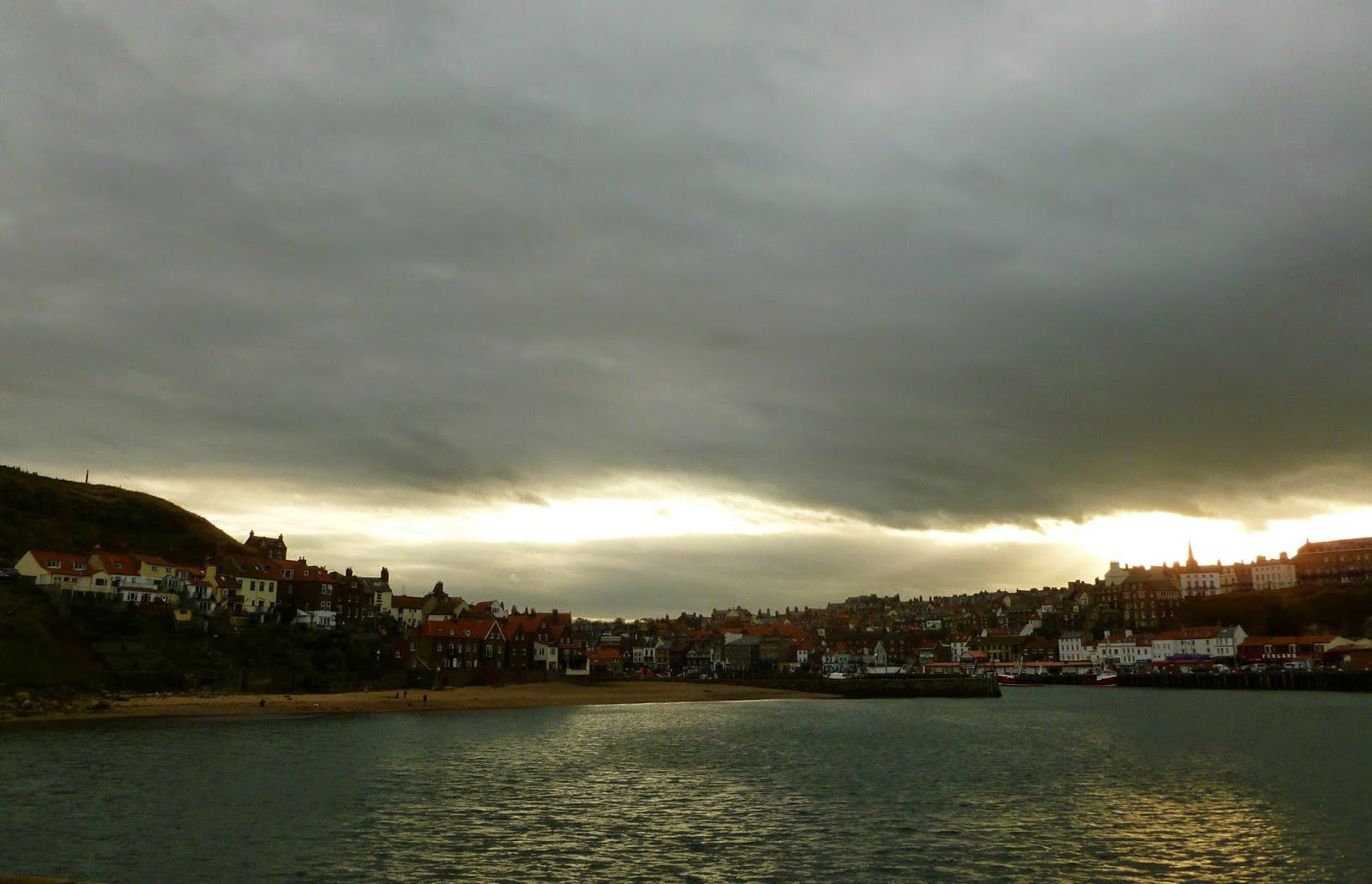 Whitby-Harbour-from-the-pier