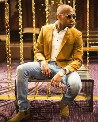 Chris Brown Readies Double Album 'Heartbreak on a Full Moon'