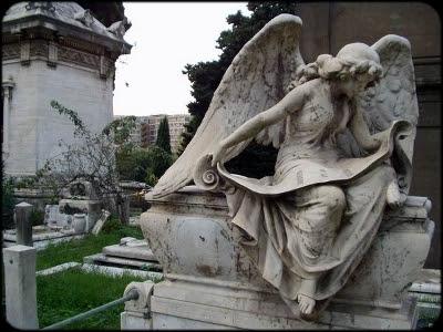 Il Cimitero del Verano: amore, morte e poesia
