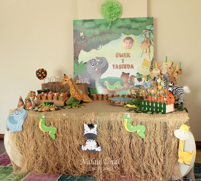 safari-orman temalı şeker büfesi