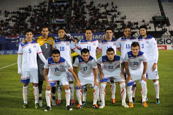 Formación de Chile ante Paraguay, amistoso disputado el 23 de junio de 2011