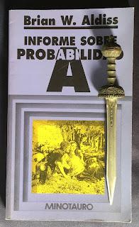 Portada del libro Informe sobre probabilidad A, de Brian W. Aldiss