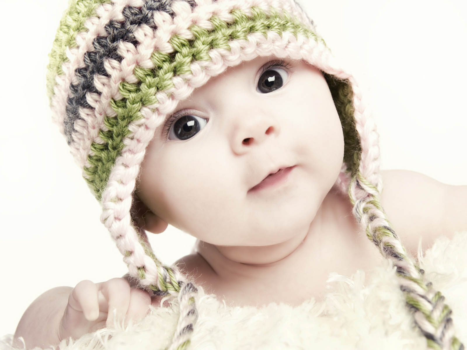 wallpapers baby girl wallpapers