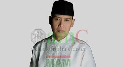 foto profil ustad danu dan alamat klinik untuk konsultasi pengobatan ala islam