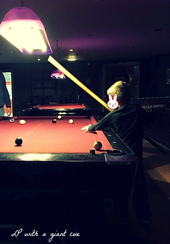 Morgan's Milieu | Playing Pool at Riley's, Nottingham: LP playing pool