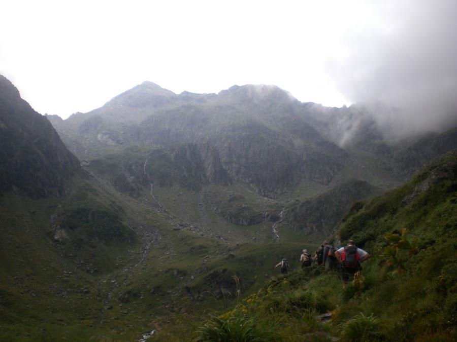 trekking-los-carpatos-rumania-pico-negoiu-montañas-fagaras-enlacima
