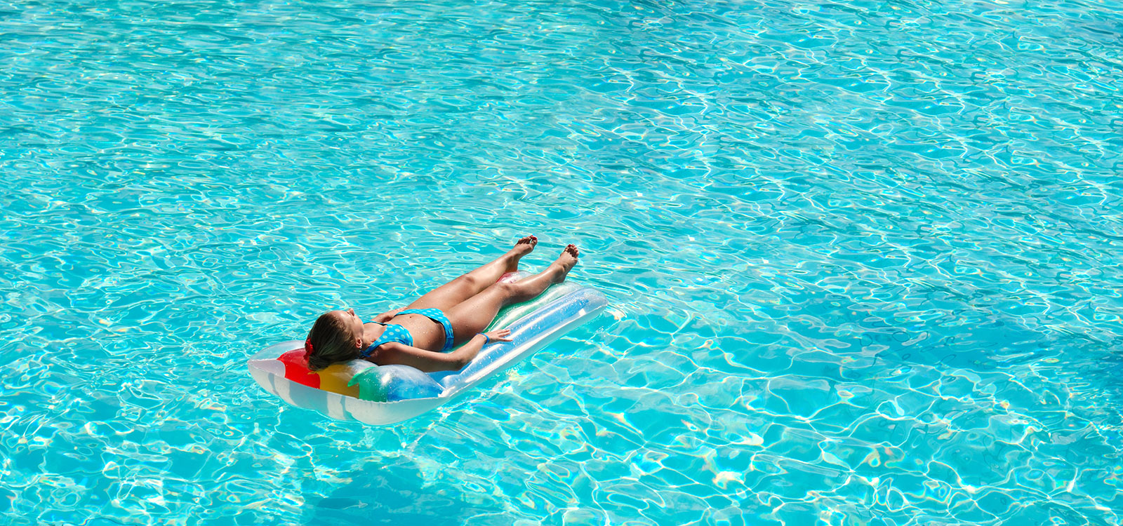 Have Swimming Pool Service Needs?: 8 Pool Maintenance Tips