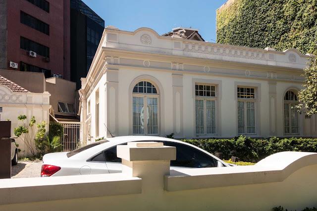 Casa na Rua Augusto Stresser 445 Curitiba