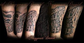 A Szegedi Nagyvati David biomehanikus tetoválása, biohemanikus tetoválás, biomehanical tattoo by Nagyvati David